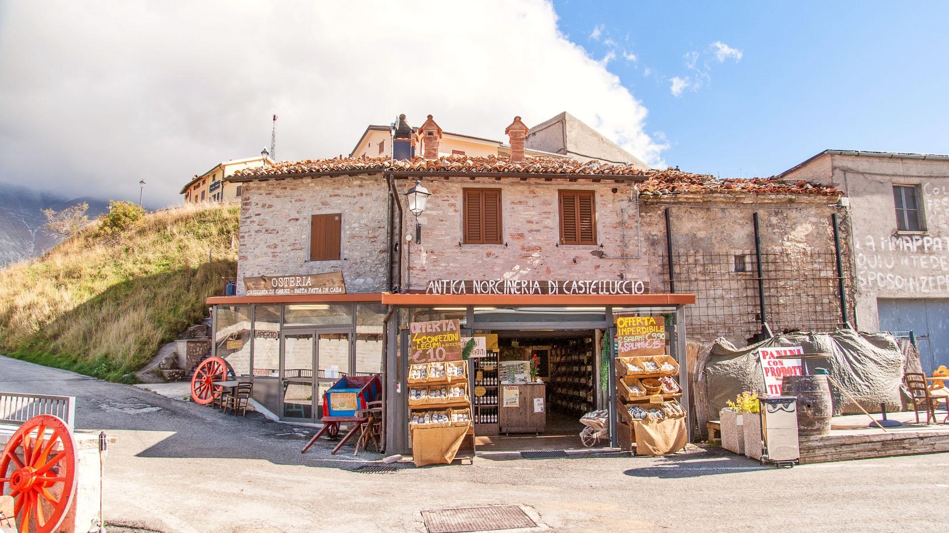 A norcineria in Castelluccio