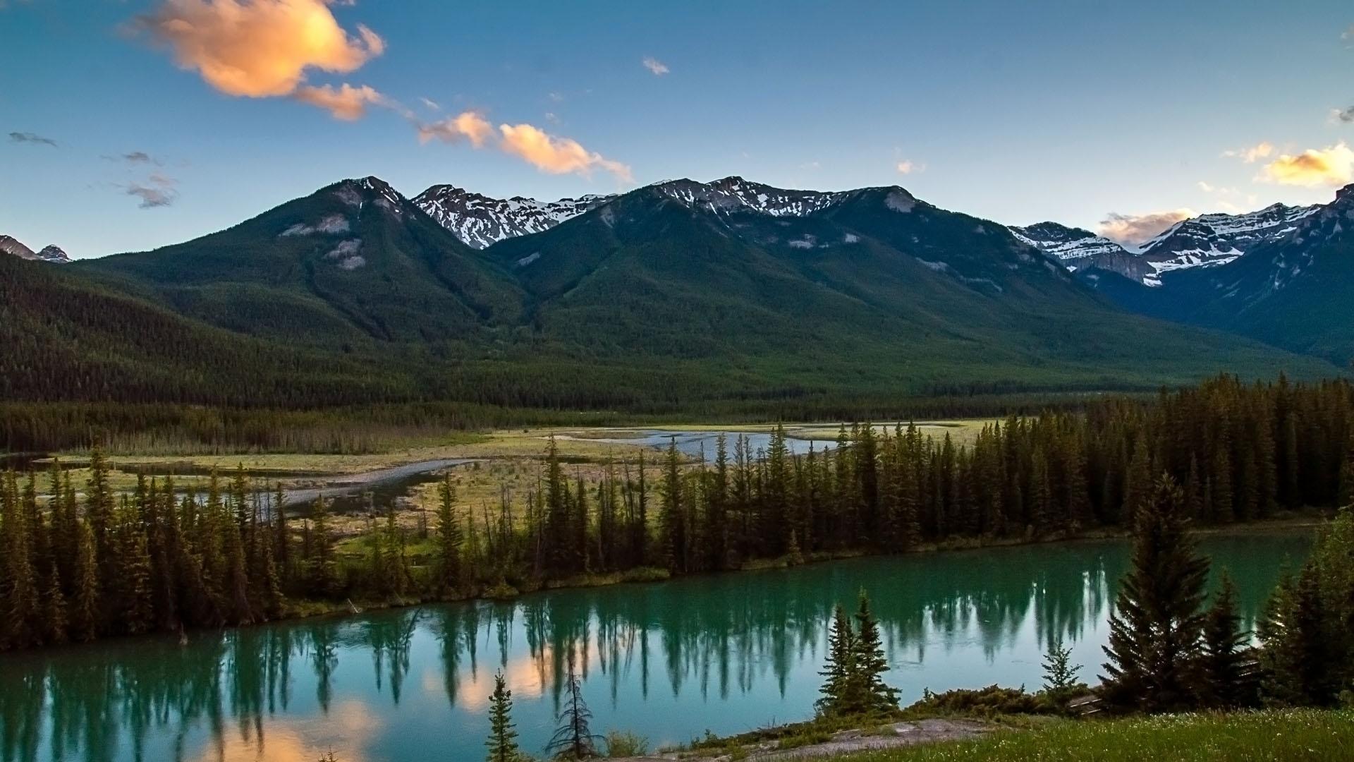 Bow Lake vicinity, Banff, CA